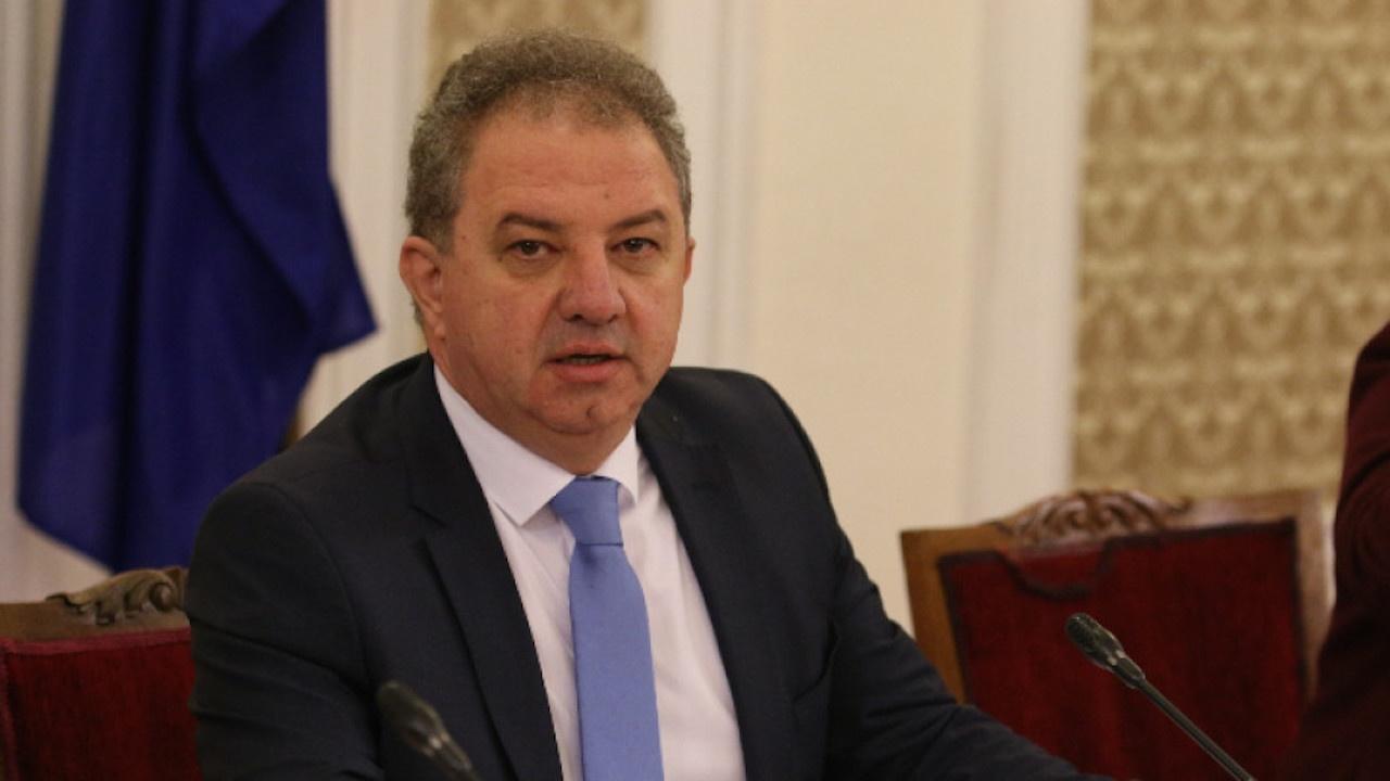 Борис Ячев за пенсионирането на проф. Кантарджиев: Познавам Кацаров от битието му на виден седесар и демократ, не вярвах, че ще падне до нивото на червена подлога