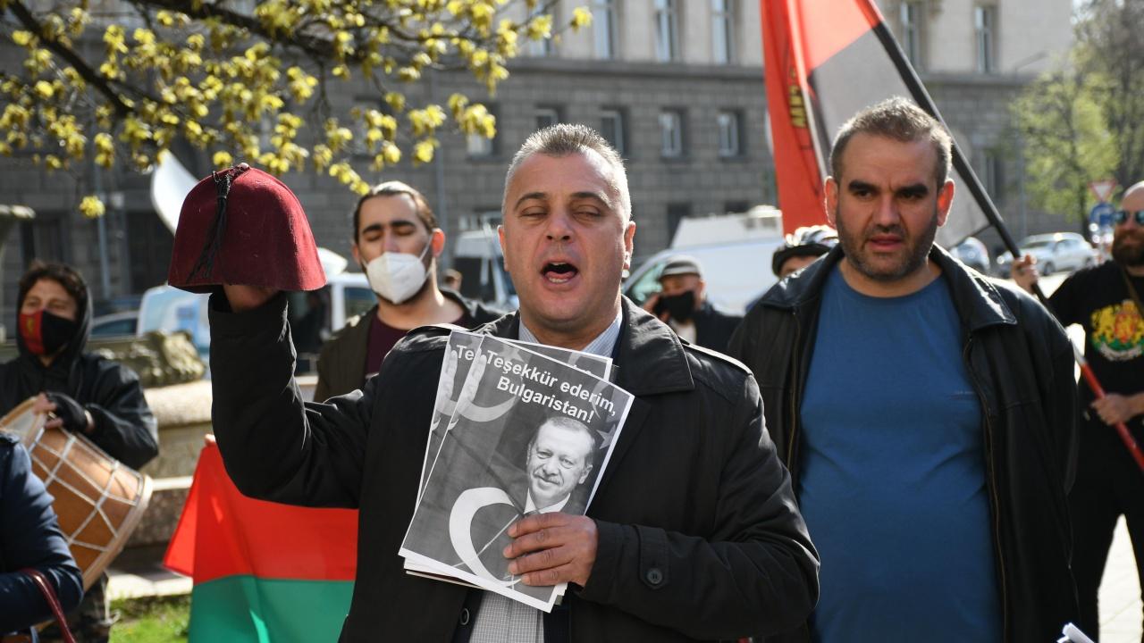 ВМРО излизат на протест, възмутени са от изказване на Карадайъ