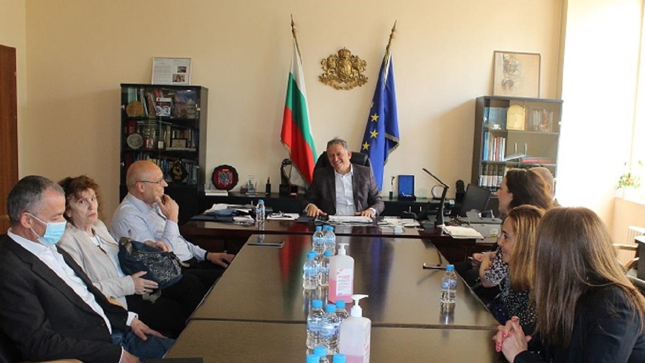 Кацаров и пациентски организации обсъдиха към МЗ да бъде създадена нова дирекция