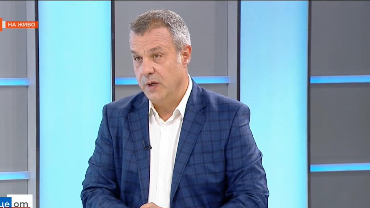 Кошлуков за проф. Минеков: За мен е неразбираемо как такъв човек е министър в ХХI век и в демократична България