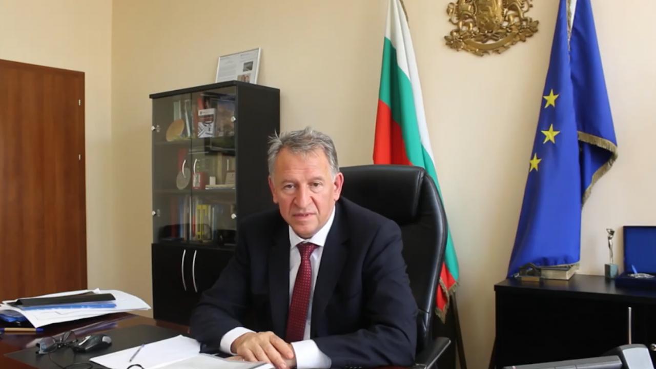 Доц. Кацаров: Не са жертви тези, които години са стояли на държавната софра и са правили каквото си поискат