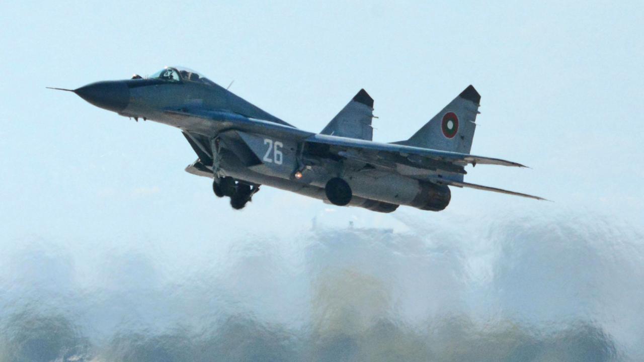 Военни прокурори от Сливен и Пловдив работят по инцидента с МиГ-29
