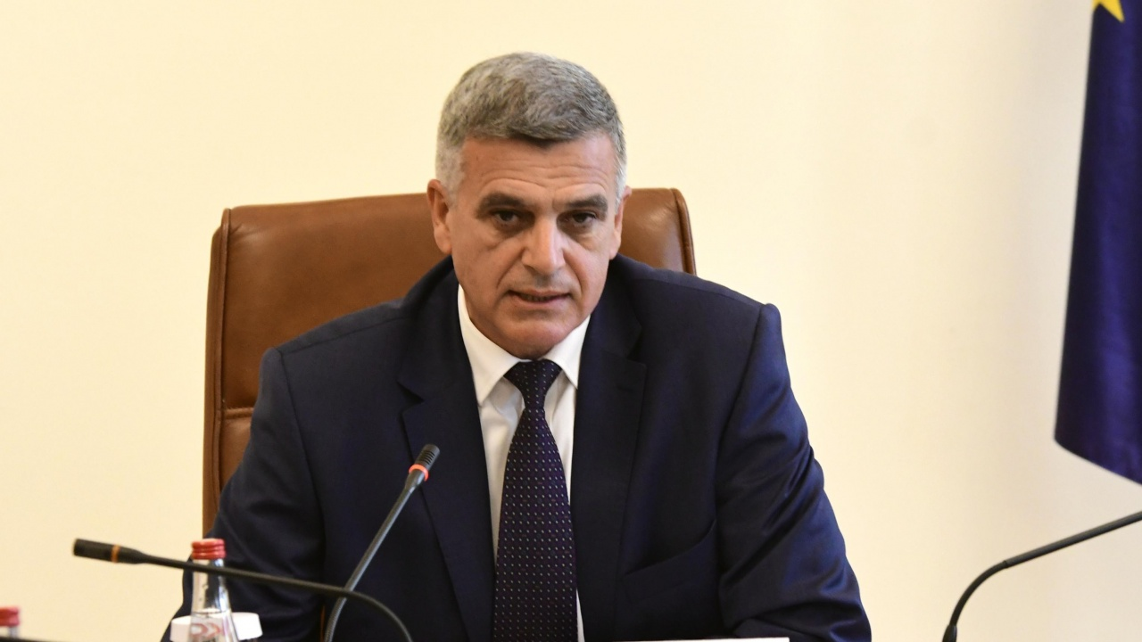 Янев свиква отново МС, след като вчера заседанието бе отложено заради инцидента с МиГ-29