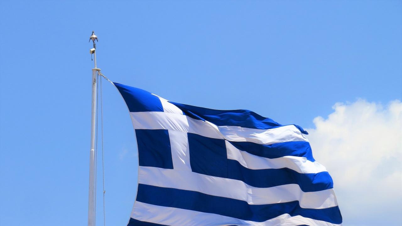 Протести в Гърция,  работа спират фериботи и кораби