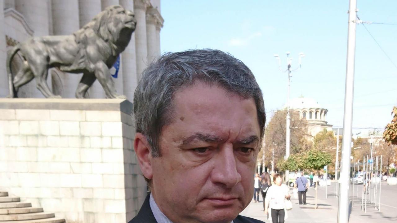 Емануил Йорданов за novini.bg: Кьовеши идва  не ние да я питаме за престъпността, а тя нас
