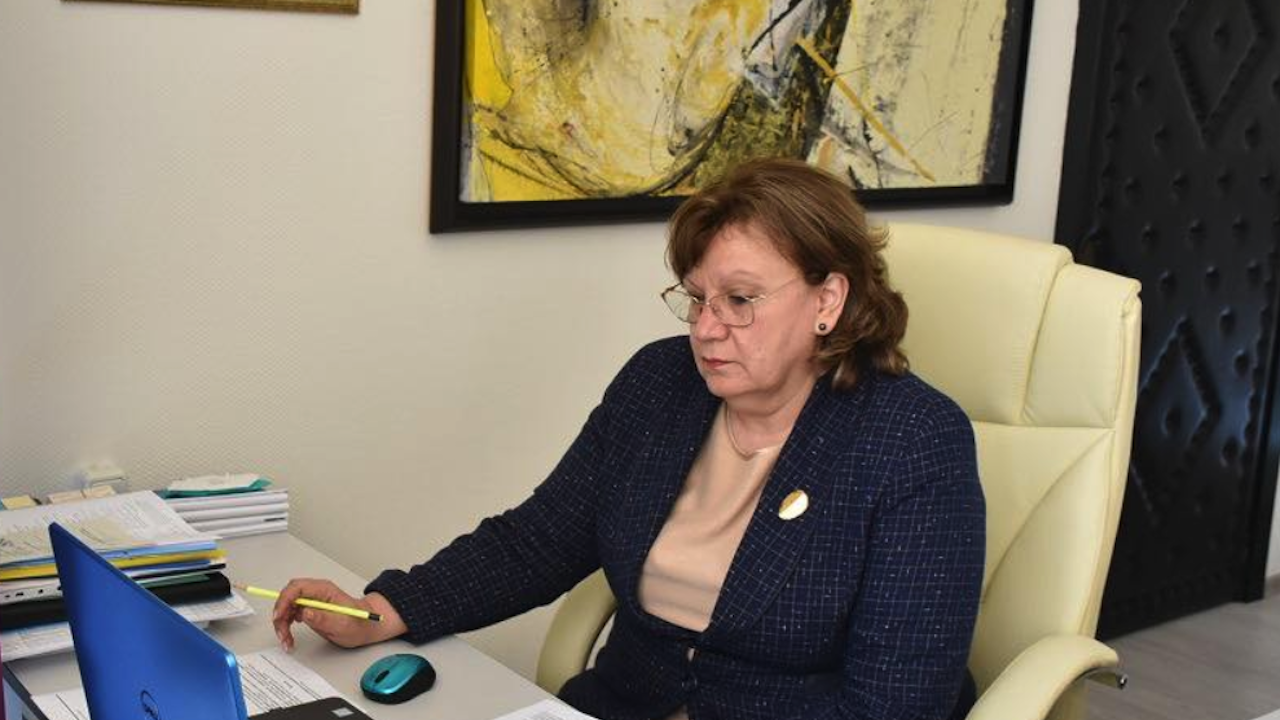 Кметът на Ловеч иска от здравния министър спешни действия за компенсиране на недостига на медицински специалисти