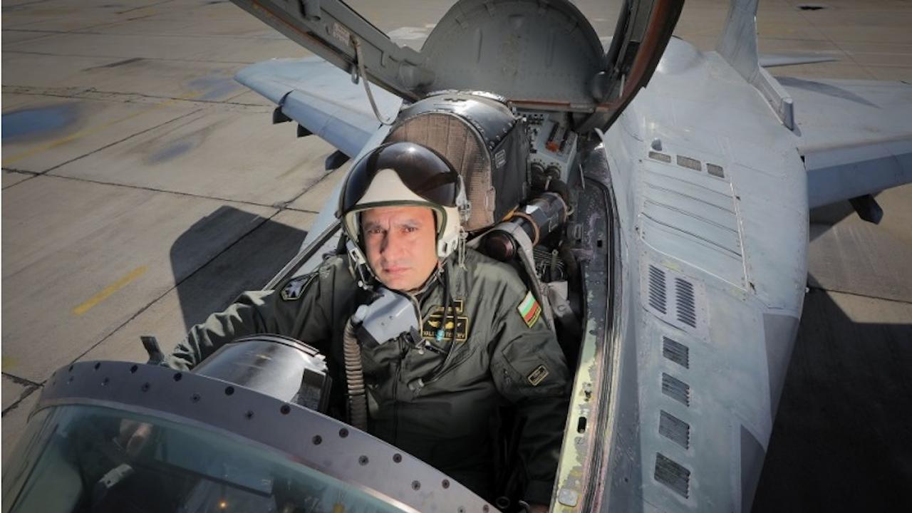 Водещите новини! Майор Терзиев е загинал при инцидента с МиГ-29