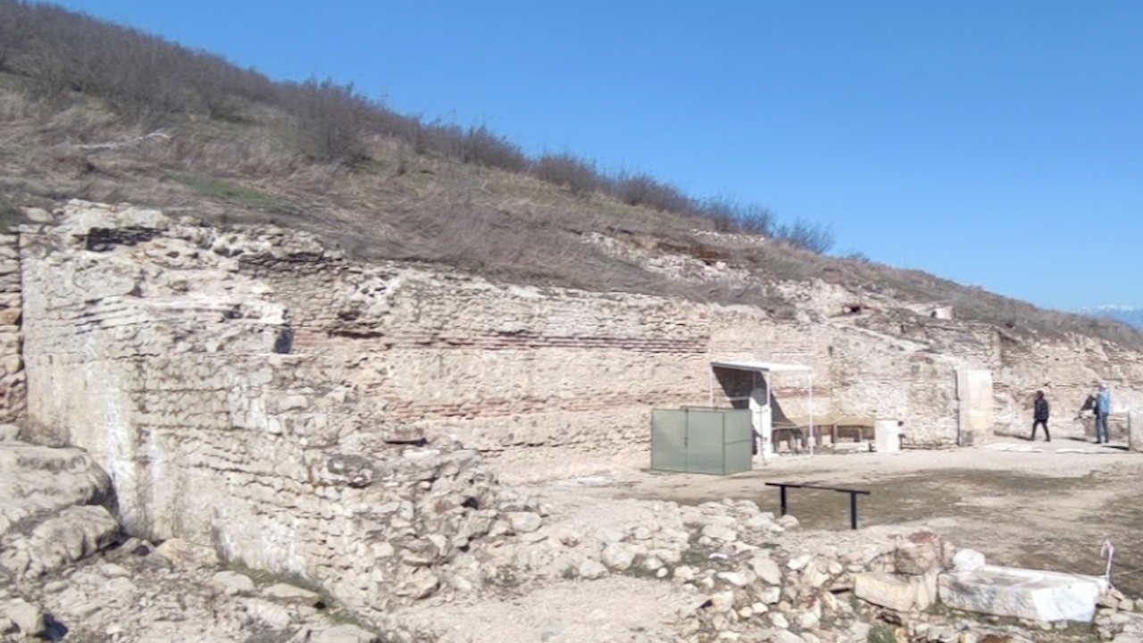 Само за няколко дни Хераклея Синтика е разкрила пред археолозите част от своите тайни
