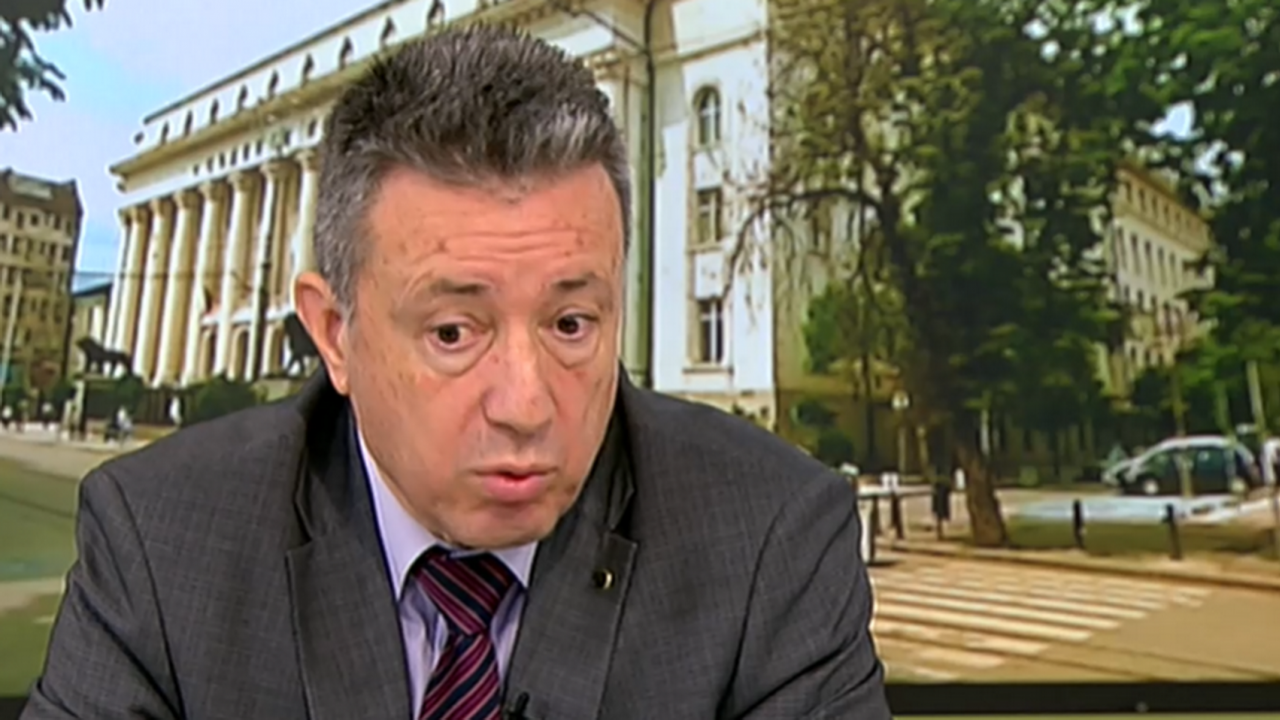 Янаки Стоилов: Трябва да се разследват високите етажи на властта