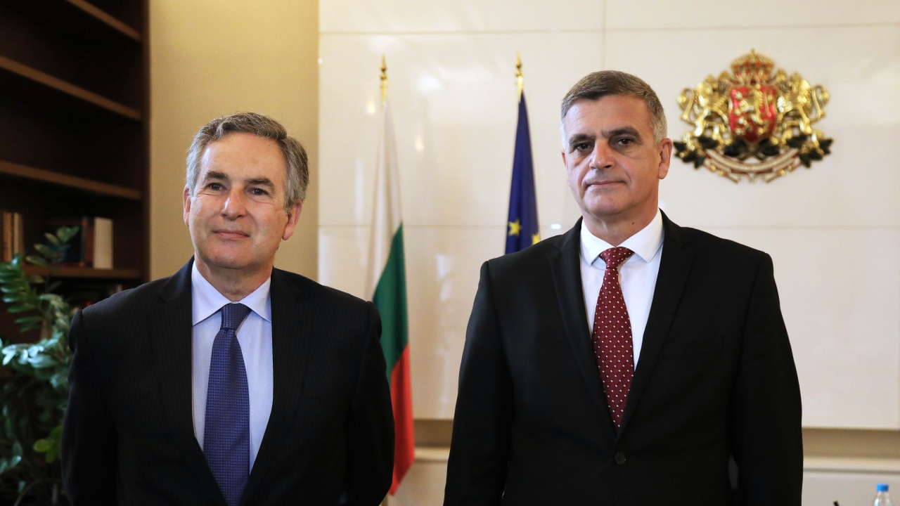 Стефан Янев проведе среща с посланика на Кралство Испания Алехандро Поланко Мата