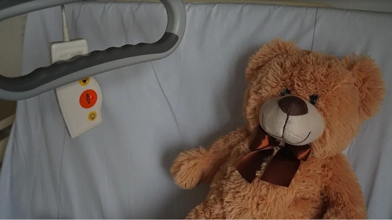 Роднините на починалото в търновската болница дете обвиняват лекарите