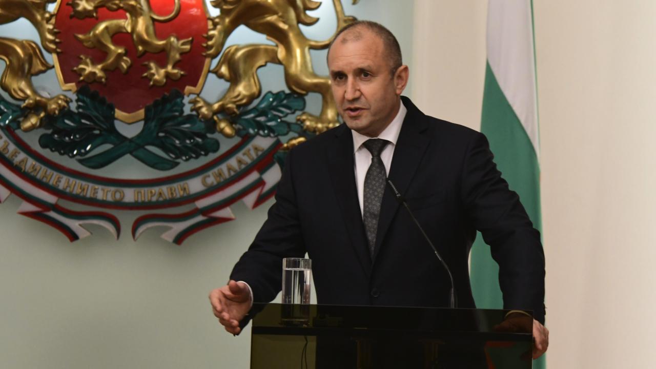 Радев: България очаква преки ползи от бъдещите съвместни отбранителни проекти на НАТО