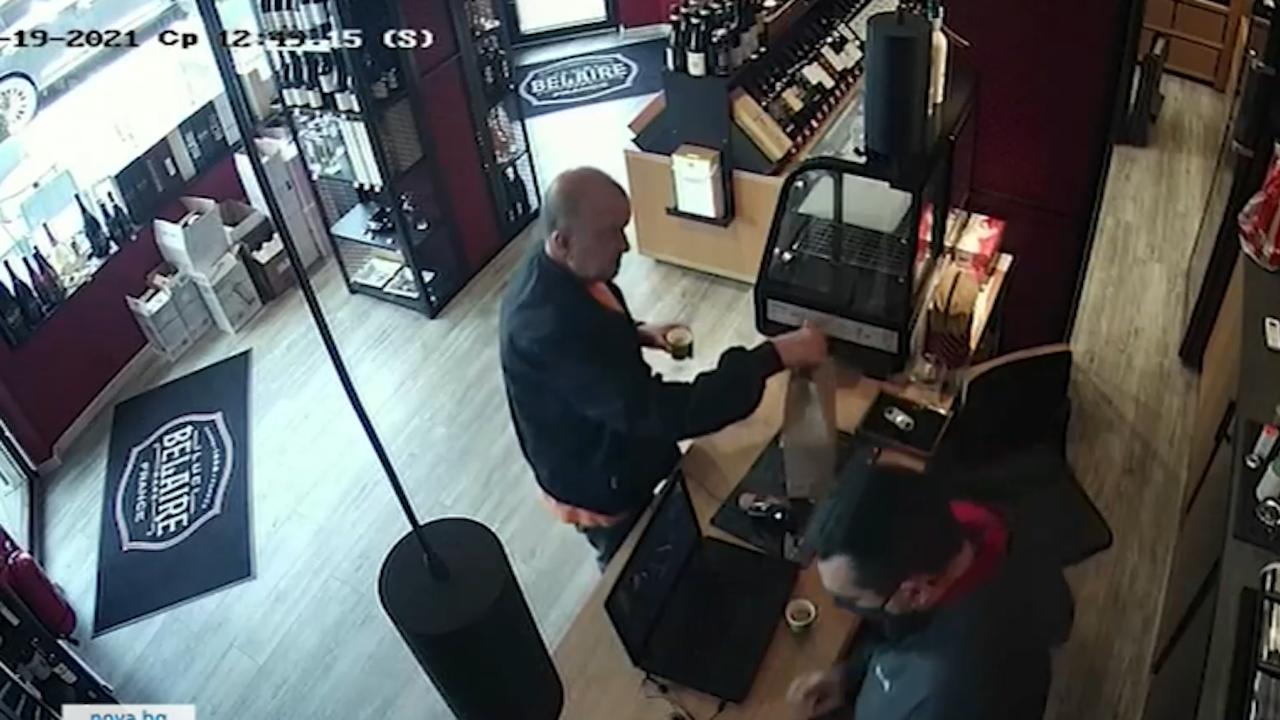 Ексмитничарят Петко Петков показа запис как купува ром и пури за Узунов
