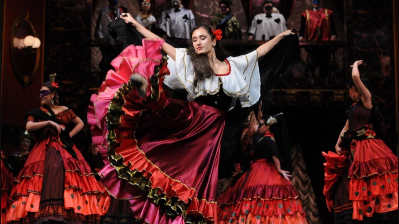 """Операта """"Травиата"""" ще бъде представена на откритата сцена на крепостта """"Царевец"""""""