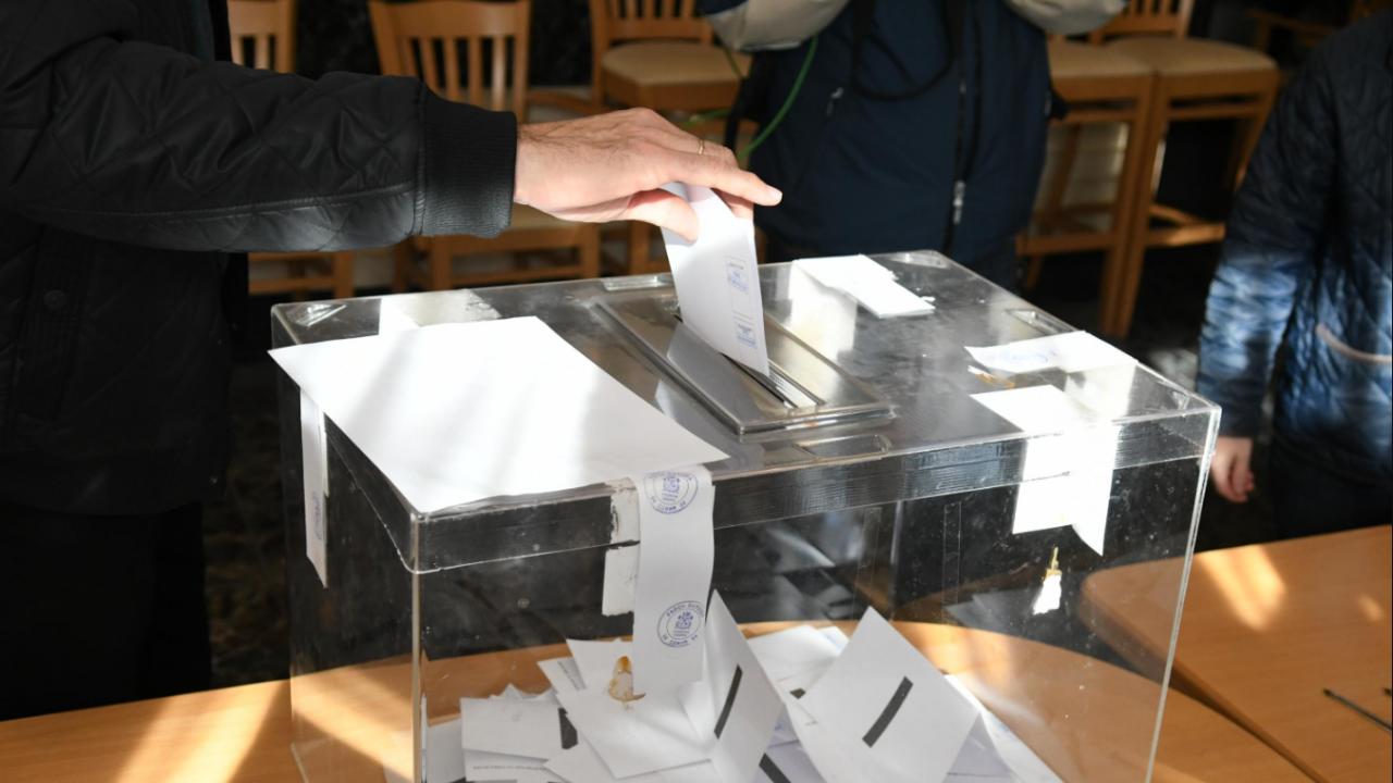 Очакванията за гласуването на българите в Германия и Чикаго