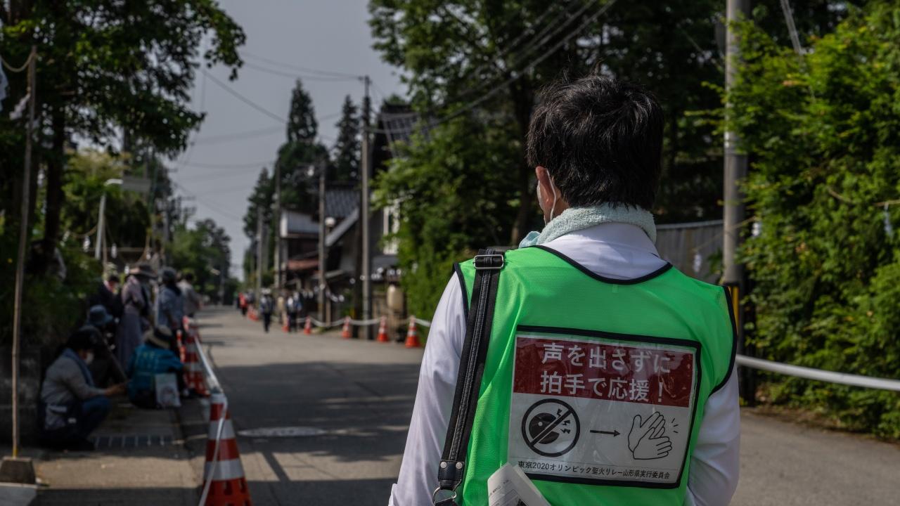 Япония ще издава ваксинационни паспорти, смекчава мерките заради Олимпийските игри