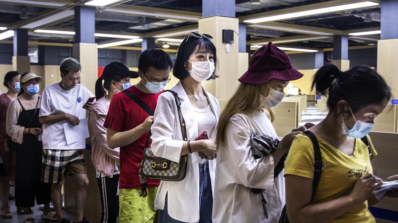 Китай съобщи за 1 милиард приложени дози ваксини срещу ковид