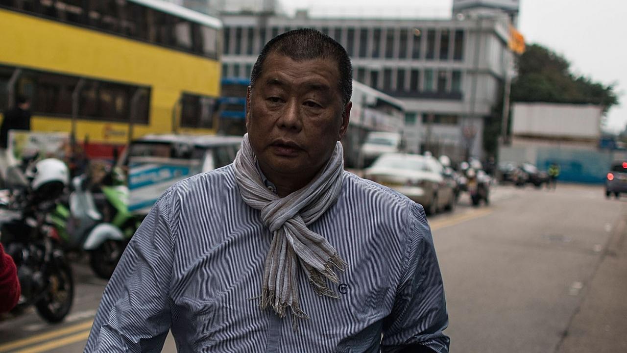 """Продемократичното издание """"Епъл дейли"""" на хонконгския магнат Джими Лай не може да плаща заплати"""