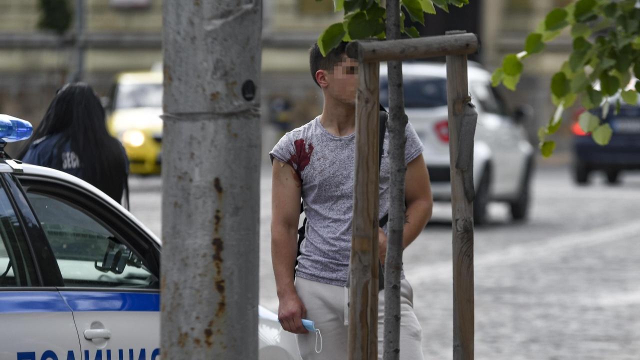 Проговори намушканият в тролей в София