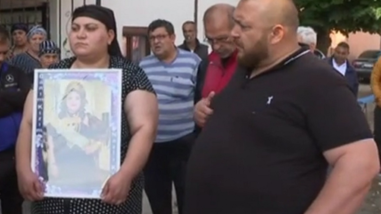 Началникът на детското отделение в Сливен: Починалото 15-годишно момиче е било с наднормено тегло