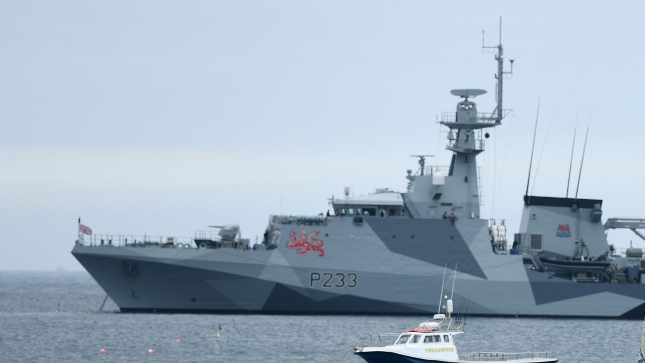 Русия: Изгонихме британски военен кораб в Черно море с изстрели и бомби