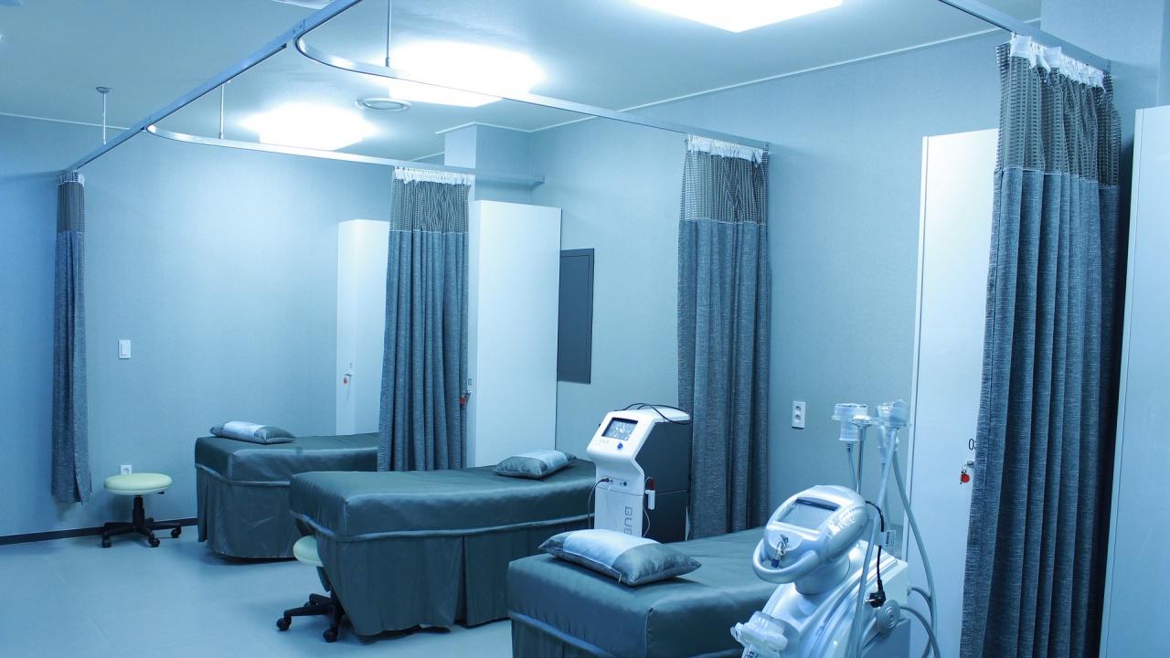 """Вътрешният министър: 14 от трансплантациите в """"Лозенец"""" са извършени с груби нарушения на закона"""