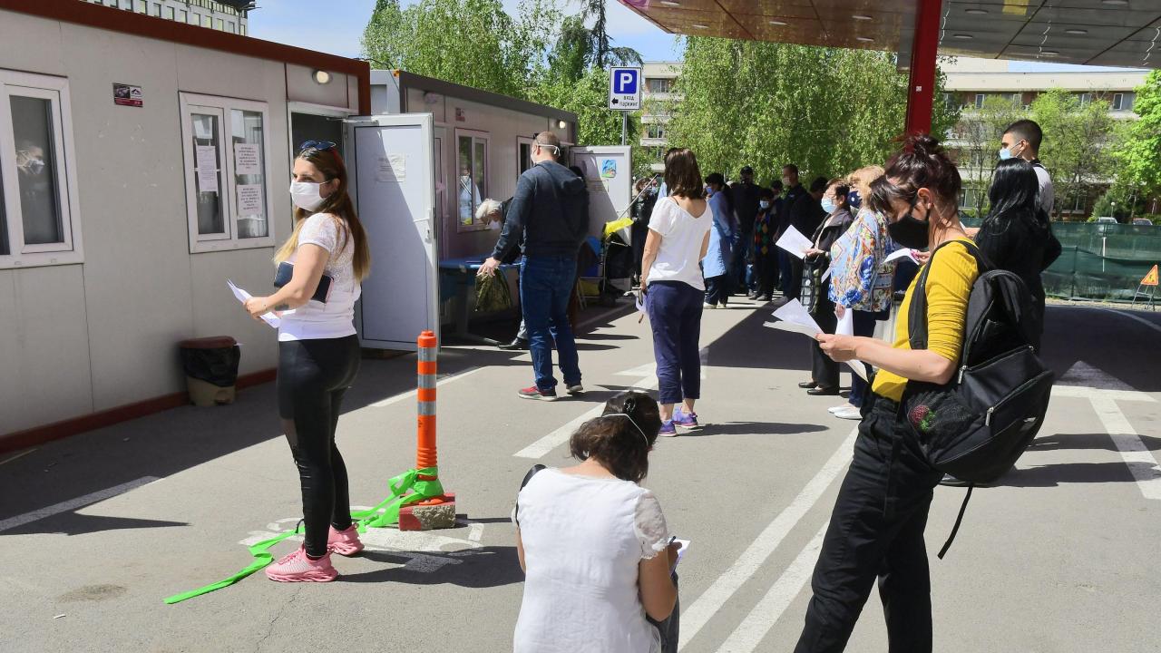 """Осем """"зелени коридори"""" за ваксинация организира Столичната община в събота и неделя"""