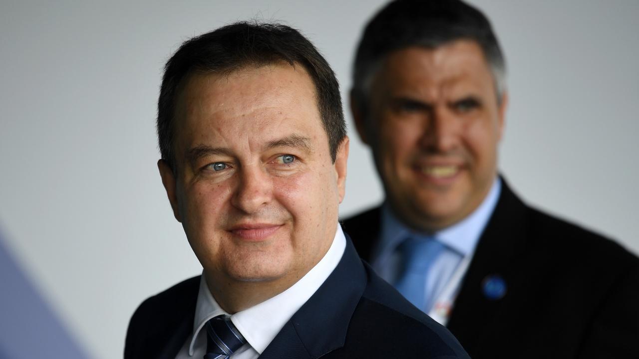 Кандидатката за ЕС Сърбия обеща никога да не налага санкции на Русия