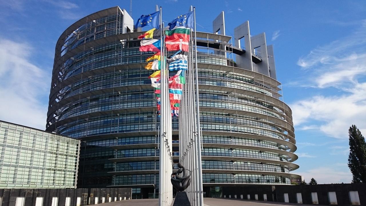 ЕП настоява за разширяване на наблюдението над законността
