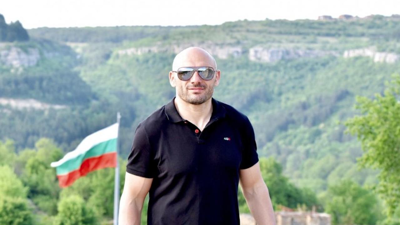Стъки: Г-н Трифонов, Вие показахте безсилие и неспособност да бъдете добър управленец