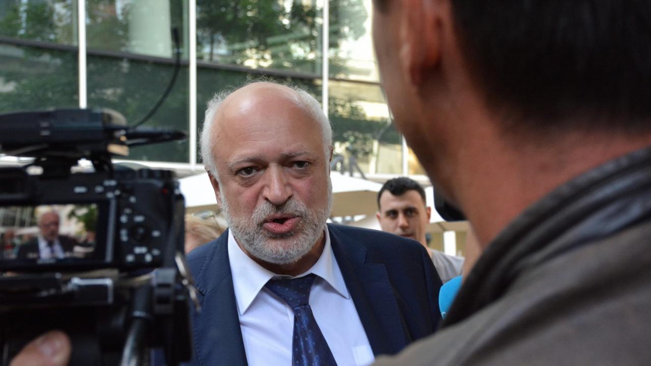 Директорът на БНТ сезира международни институции за натиск от страна на проф. Минеков