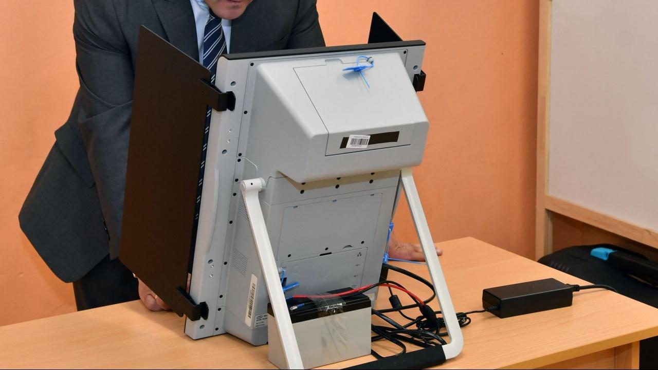 Само 27.76% избирателна активност в Благоевград, ще има балотаж