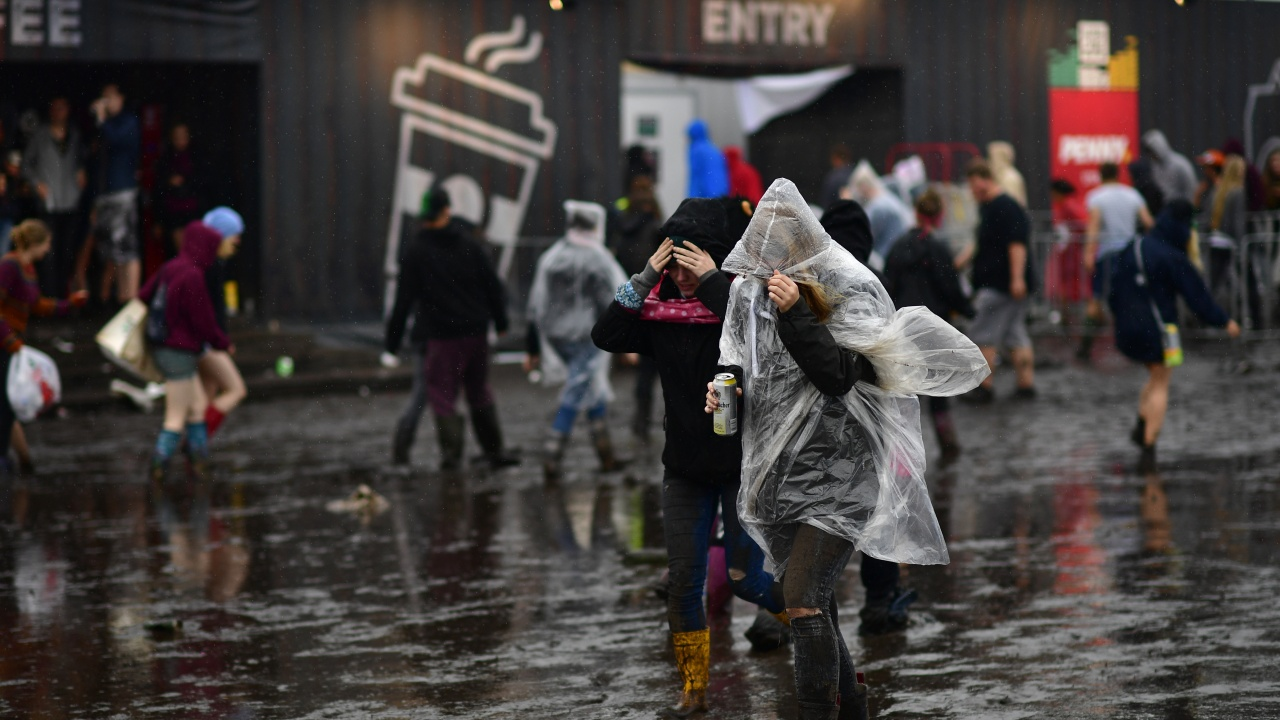 Проливни дъждове предизвикаха инциденти и наводнения в Германия
