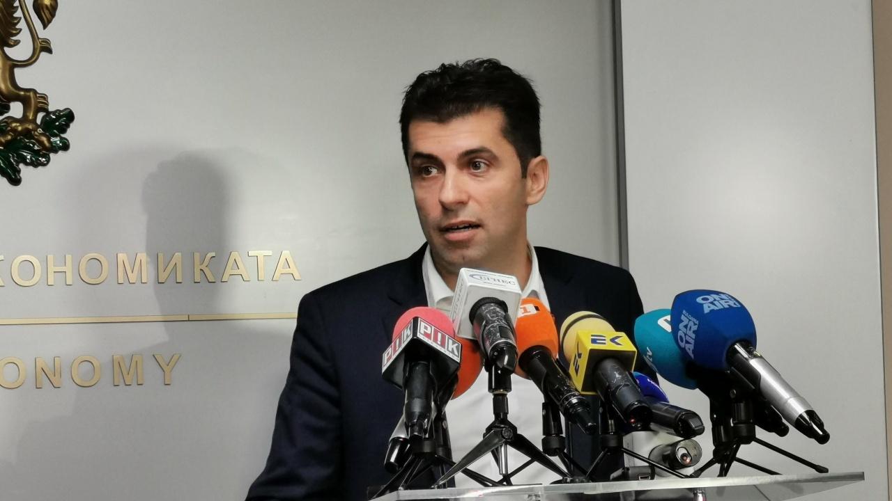 Кирил Петков: 631 млн. лева  са изразходвани за язовирите без обществени поръчки