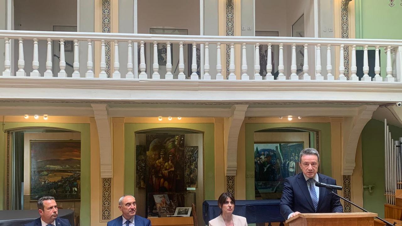 Министърът на правосъдието проф. Стоилов: Конституцията е част от действащото право
