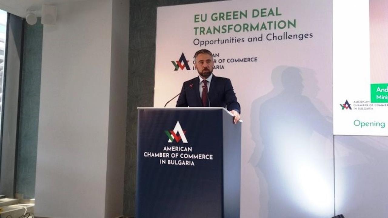 Министър Живков: В ускорени темпове променихме Плана за възстановяване, за да осигурим дългосрочна перспектива за регионите, засегнати от трансформацията