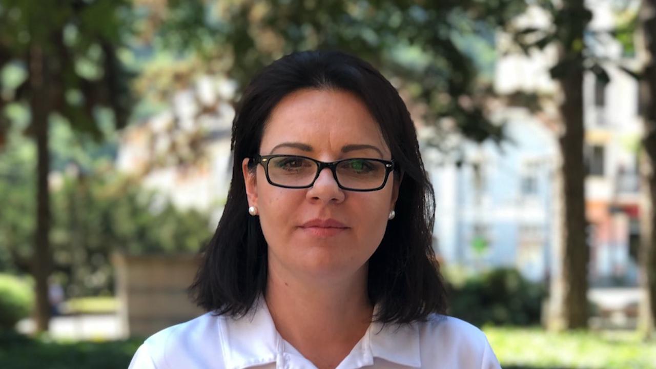 Михаела Крумова от ГЕРБ-СДС към Рашков: Няма да уплашите кюстендилци! Къде са 15-те хиляди македонци?
