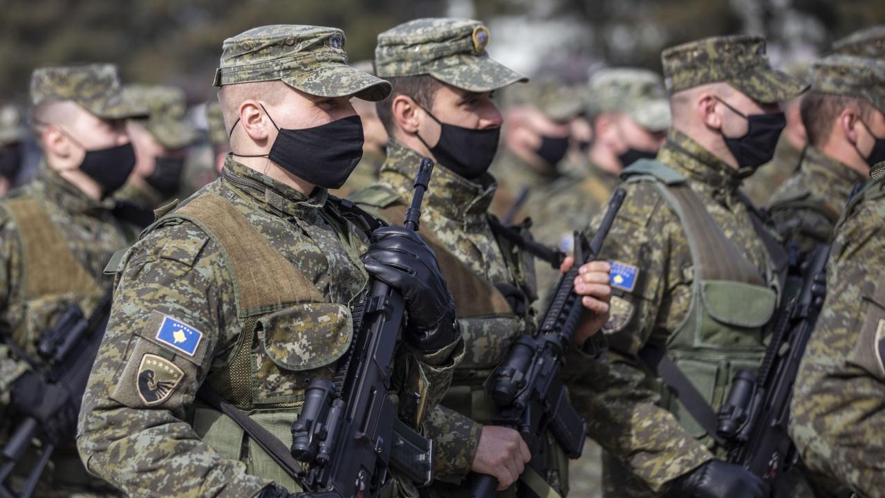 Прищина подготвя операция срещу сърбите в Северно Косово?