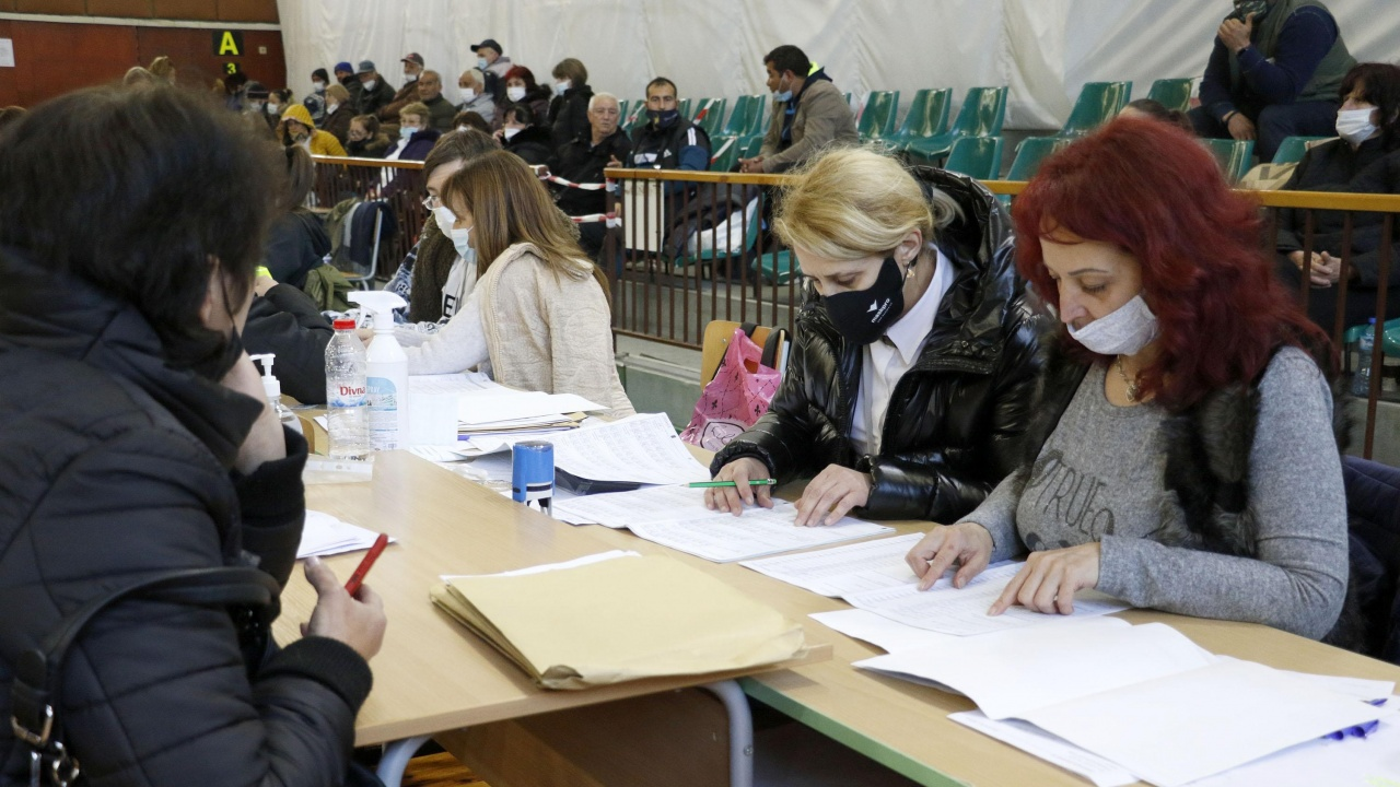 Рекорден брой чужденци с български паспорти в избирателните списъци на столична СИК