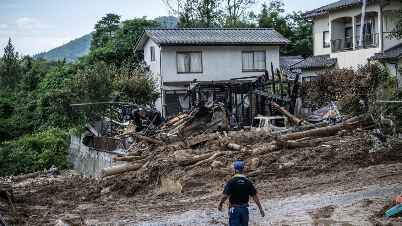 20 души са безследно изчезнали след свлaчище в Япония