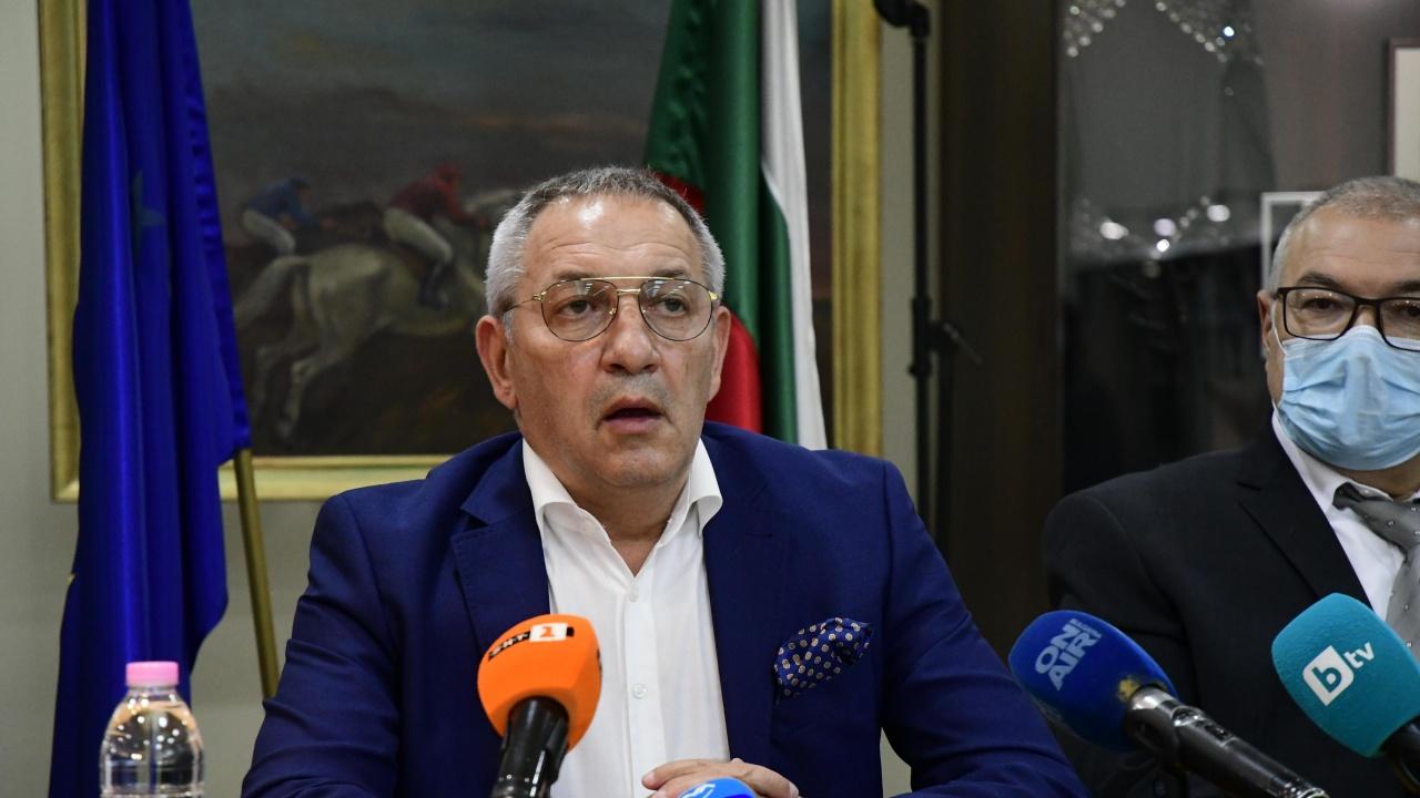 Спортният министър: Разследват се 14 договора с новосъздадени фирми, получили авансово 11 млн. лв.
