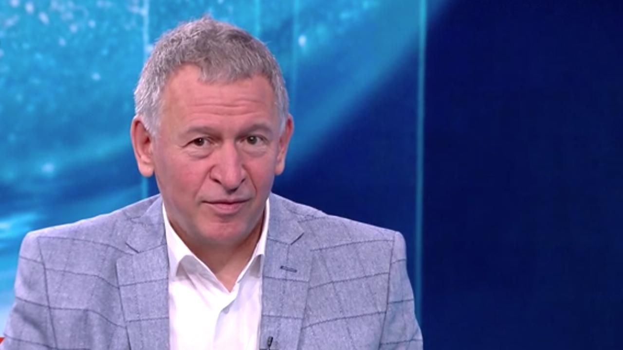 Стойчо Кацаров: Ако се ваксинираме, ни очаква прекрасна есен, ако не - рискуваме нова вълна