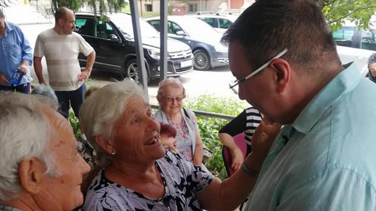 Проф. Костадин Ангелов в село Дичин: Предвидили сме създаването на 30 мобилни медицински центрове