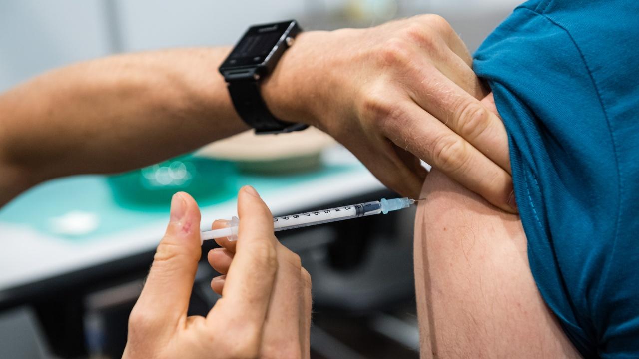 МИТОВЕ vs ИСТИНА: Ваксините срещу COVID-19