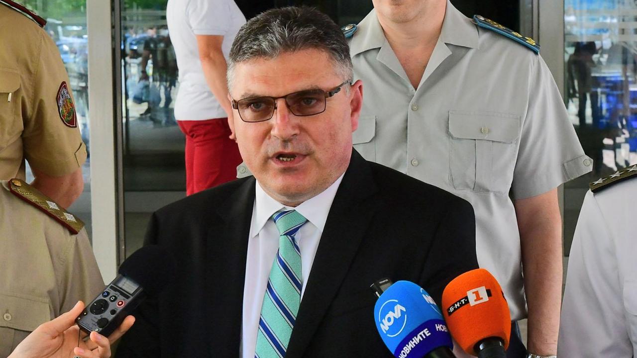 Министърът на отбраната Георги Панайотов ще даде пресконференция утре
