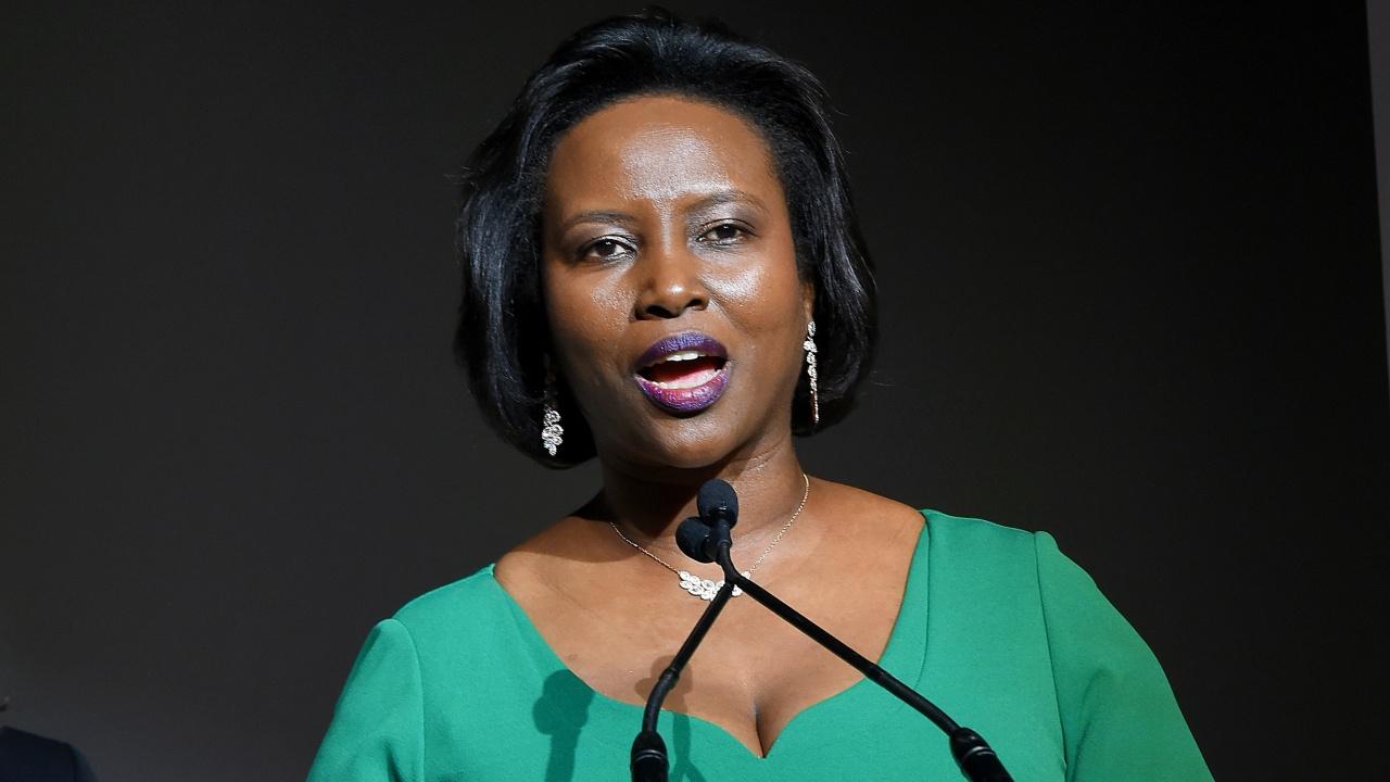 Първата  дама на Хаити е починала от раните си?