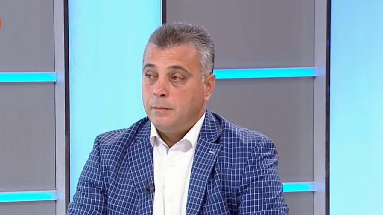 Юлиан Ангелов: Новите партии връщат Ердоган в българската политика на бял кон