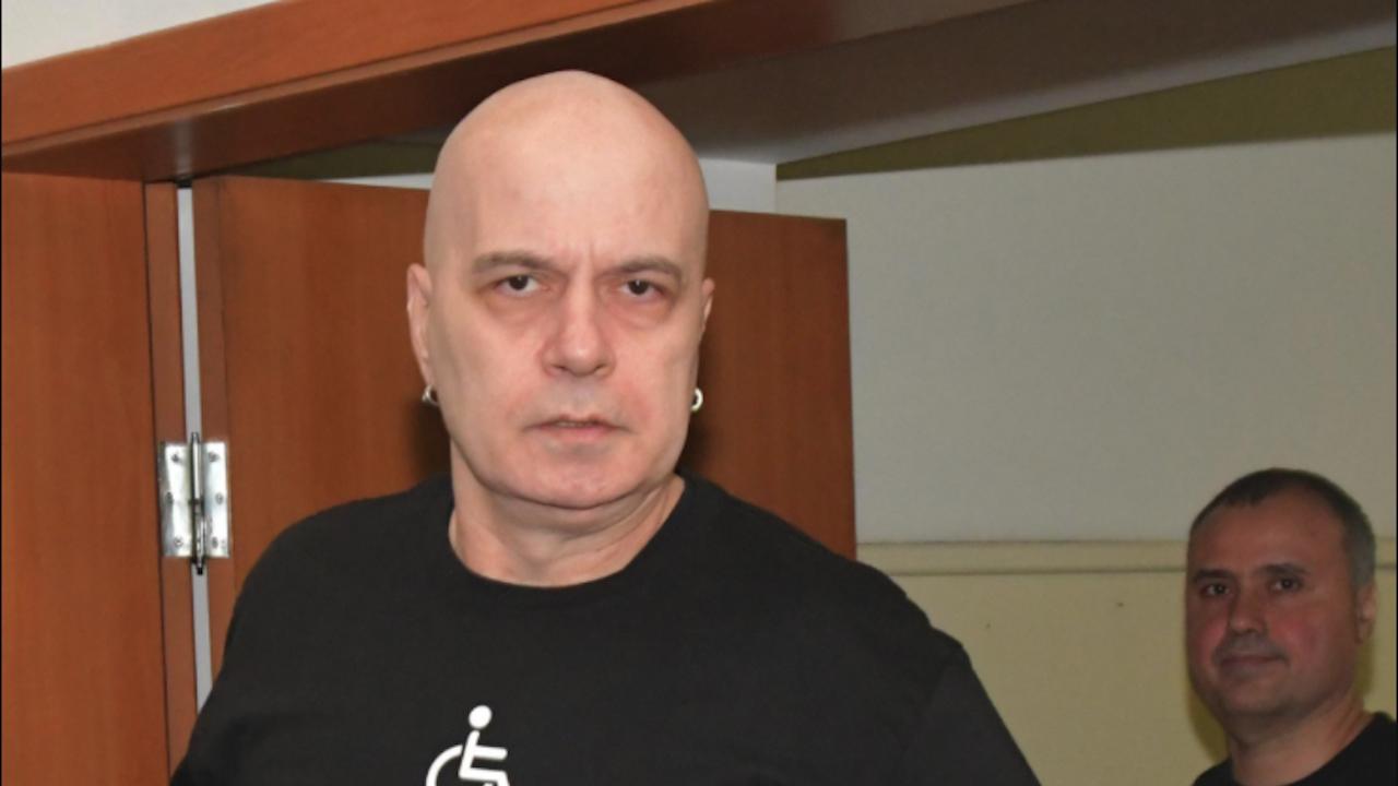 Патриотите: Трифонов предложи на тепсия сексуалната ориентация на децата ни на ЛГБТИ+ общността
