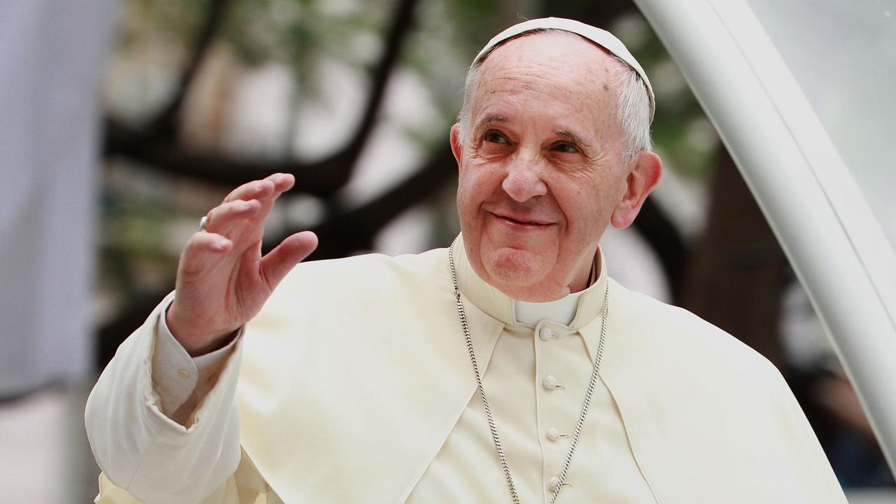 Папа Франциск ще отправи своята традиционна неделна молитва от болничната си стая