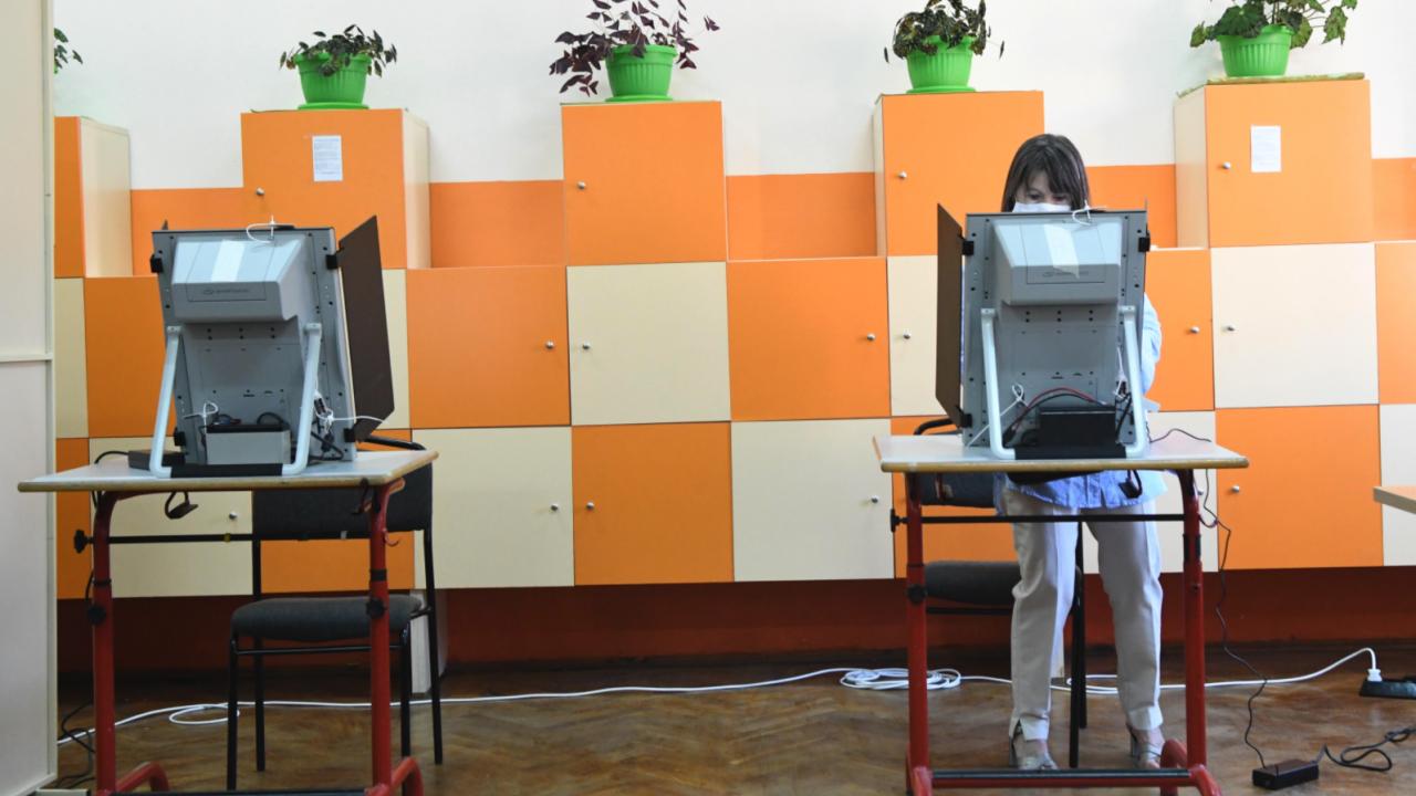 ГЕРБ-Сливен с жалба: В 28 СИК машината  не отчита коректно гласовете